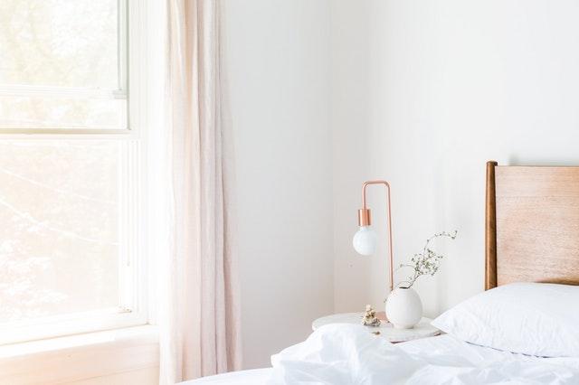 światło w sypialni